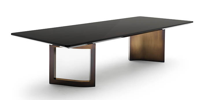 23_Fendi Casa_Ford table